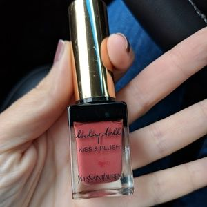 Yves Saint Laurent Kiss and Blush in 10 Nude